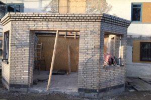 Byggefirma udfører husbyggeri og tilbygning på sjælland